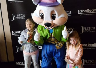 Easter Bunny for Events - A Touch of Magic in Minneapolis, MN (4)